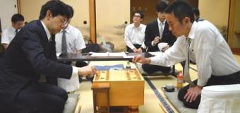 第72期A級順位戦 3回戦 ▲谷川浩司九段 – △屋敷伸之九段