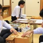 第56期王位戦挑決リーグ紅組 ▲山崎隆之八段 – △阿部光瑠五段